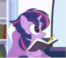 My Little Pony Twilight Sparkle Reading