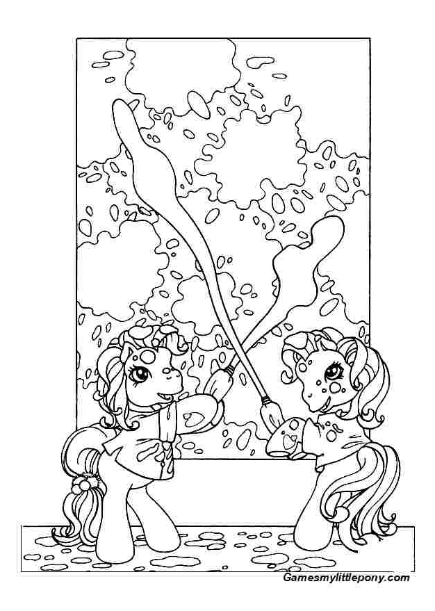 Ponies are painting The Wall  from My Little Pony  Coloring Page